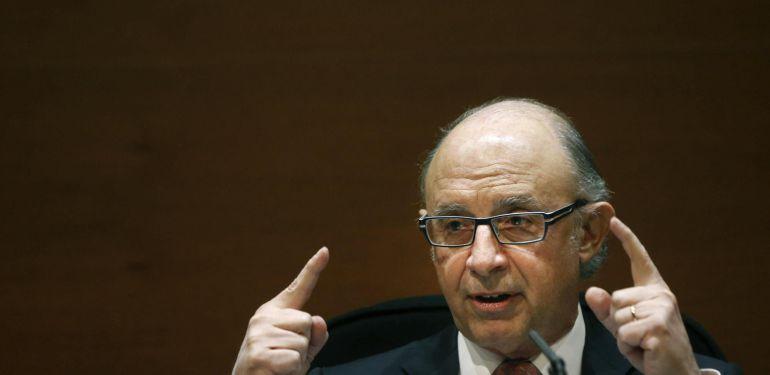 TOTES LES ASSOCIACIONS HAURAN DE PRESENTAR L'IMPOST DE SOCIETATS.
