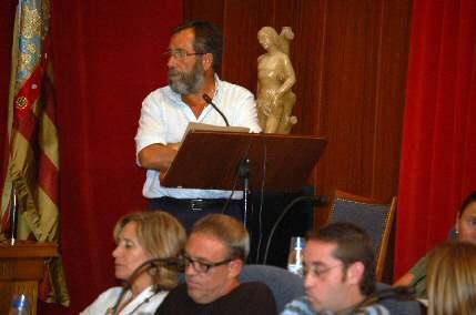 Migjorn  pide retirar el título de alcalde honorario al militar y ministro franquista  Alonso Vega